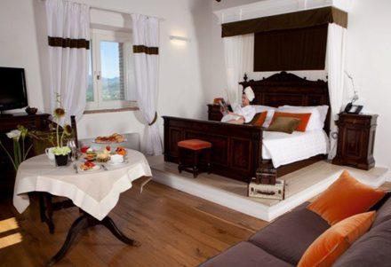 MONTIGNANO GALLERY HOTEL 1
